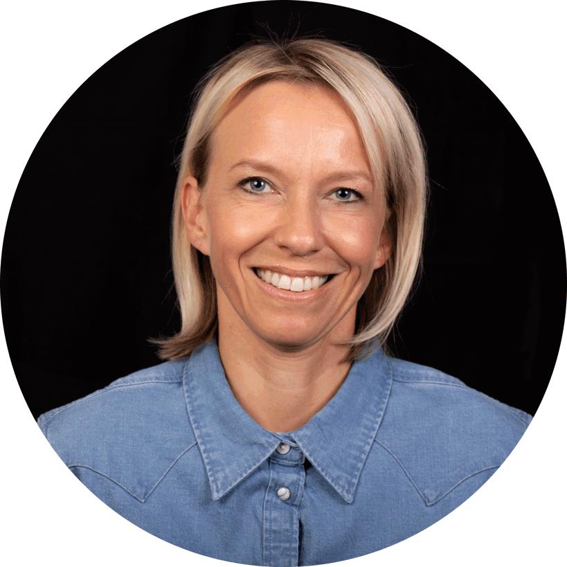 Zahnarztpraxis - Ines Ehrlich - Praxismanagerin